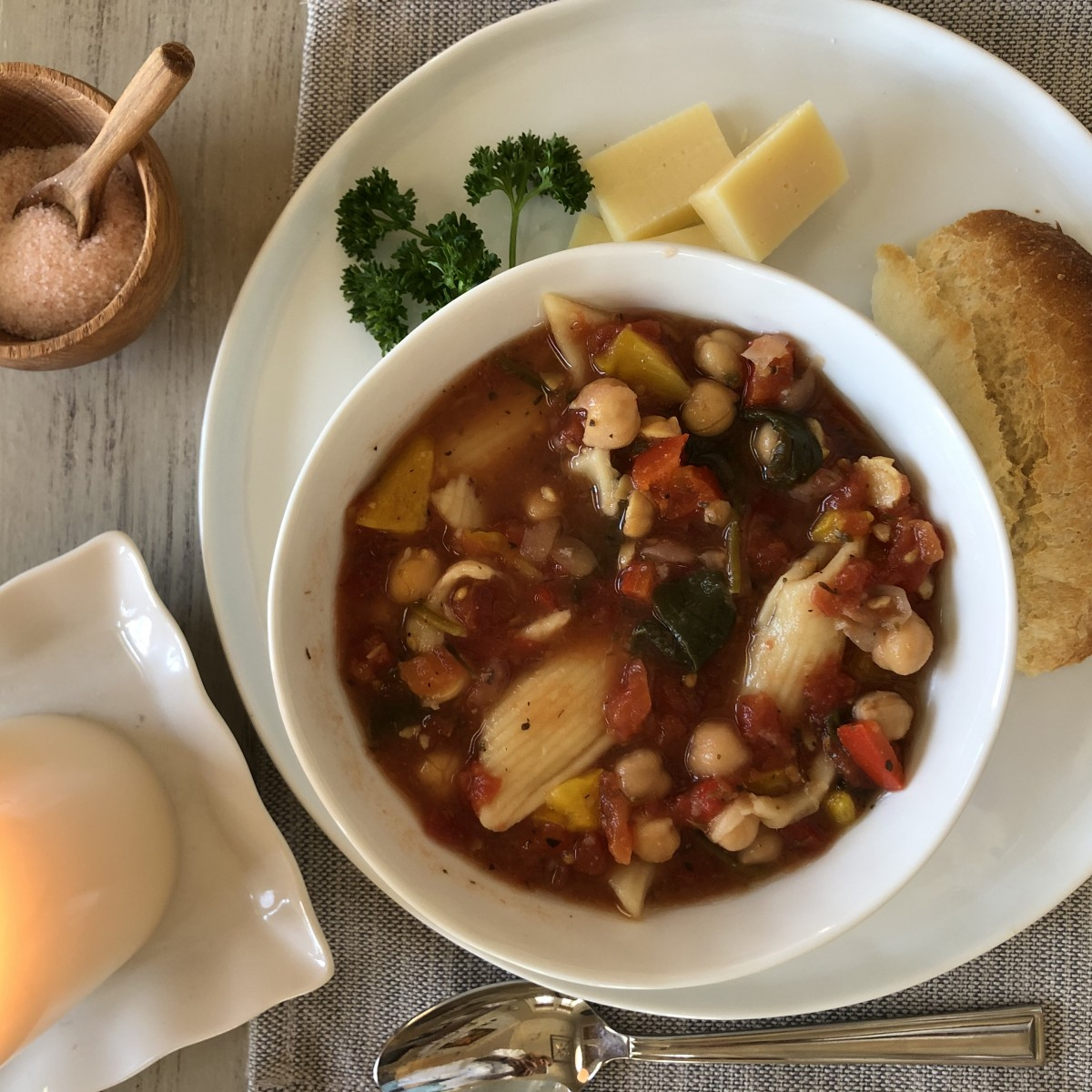 Hearty Healthy and Quick Minestrone Soup